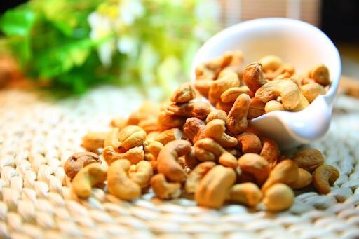 Bojíte sa, že z orechov priberiete. Ani častá konzumácia orechov sa nespája s narastaním telesnej hmotnosti a nezvyšuje výskyt nadváhy a obezity